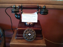 hill_house_inn_rotary_dial_phone