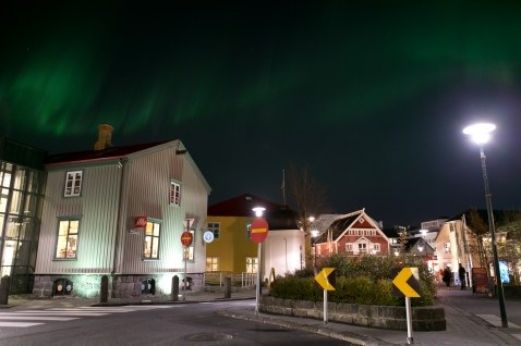 northern_lights_downtown