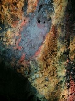 prihnukagigur_volcano_inside_gas_bubble_scar