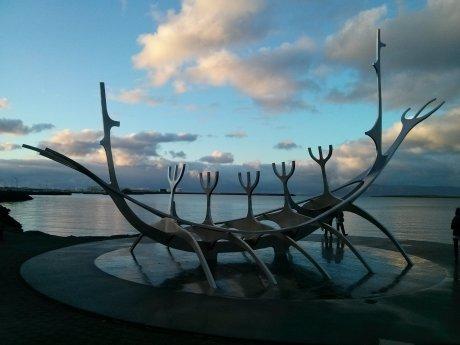 sun_voyager_sculpture