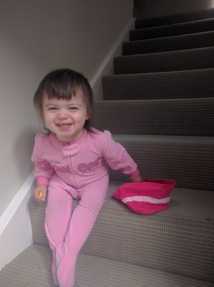 grinning_on_stairs