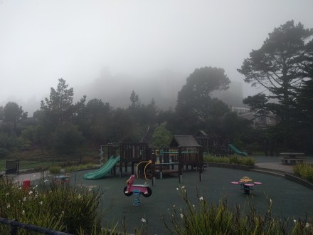 playground_foggy