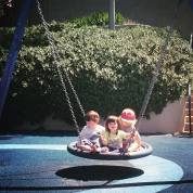 playschool_swing_friends
