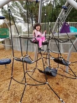 playground_rope_climbing