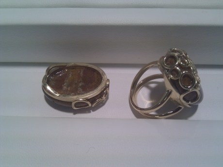 ring_and_pendant_bottom
