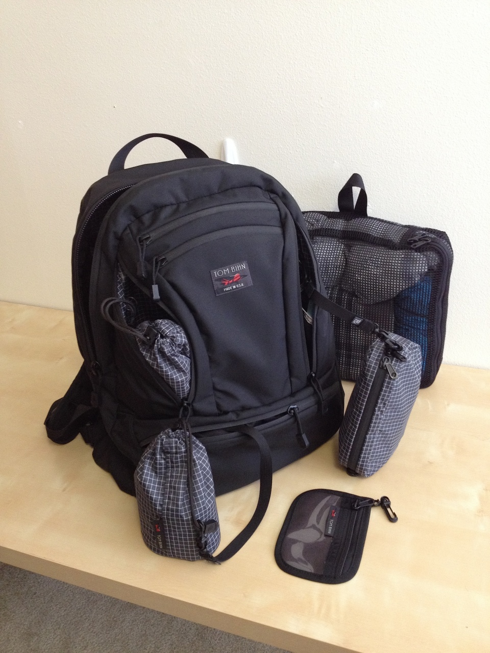 The Tom Bihn Synapse: Probably the best laptop daypack for ...