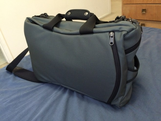 Tom Bihn Aeronaut 30 back panel view