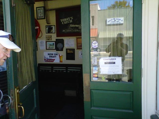 Captains Table Fish House Restaurant & Oyster Bar!  (3/6)
