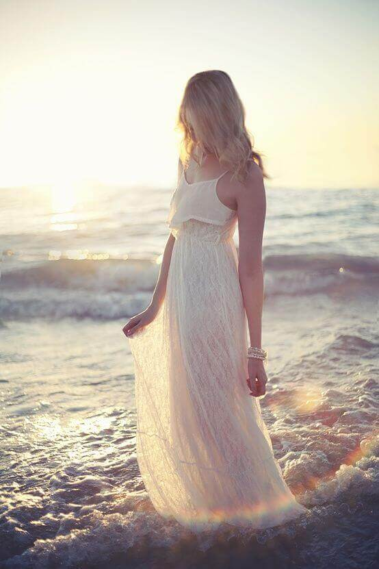 Fall Be Kind Wallpaper 34 Beautiful White Sundresses For The Beach