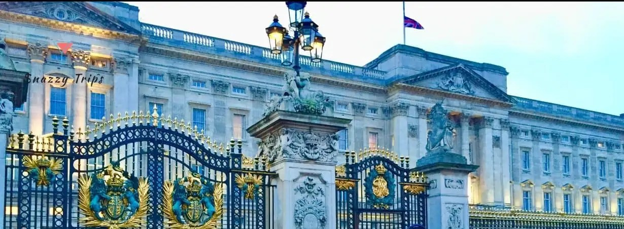 10 Facts About Buckingham Palace