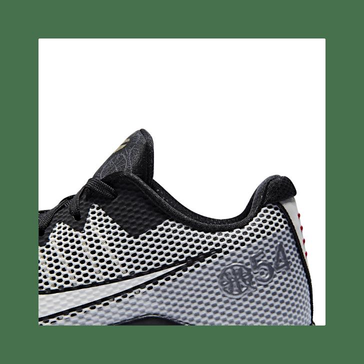 Nike-Kobe-11-Quai-54-31