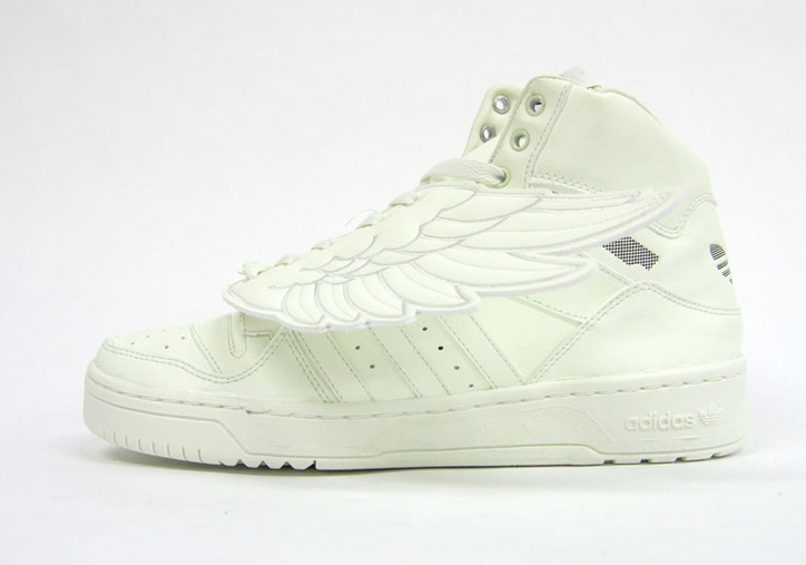 Photo05 - adidas