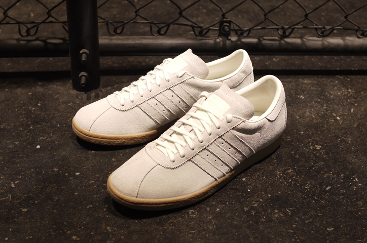 Photo02 - adidas TOBACCO