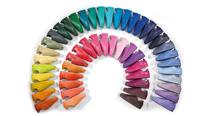 Photo01 - アディダスは、ファレル・ウィリアムスとのコラボレーションによる、50カラーの「Supercolor」を発売