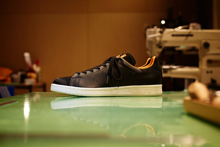 Photo07 - 日本を代表する鞄メーカー 吉田カバンの創業80周年を記念した adidas Originals x PORTER Stan Smith から新色のネイビーが登場