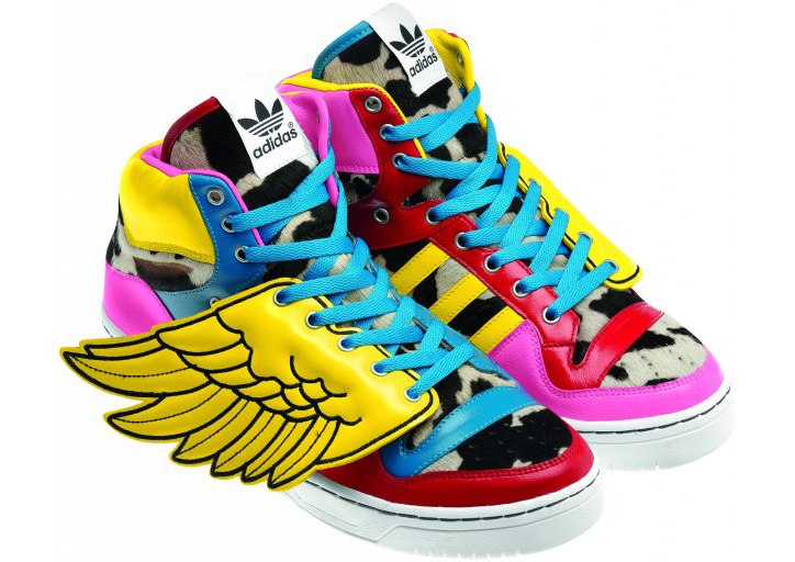 Photo03 - 2NE1 x ADIDAS JS COLLAGE WINGS & WINGS 2.0