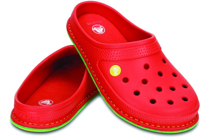 Photo09 - crocs からルームスリッパ crocslodge slipper が発売