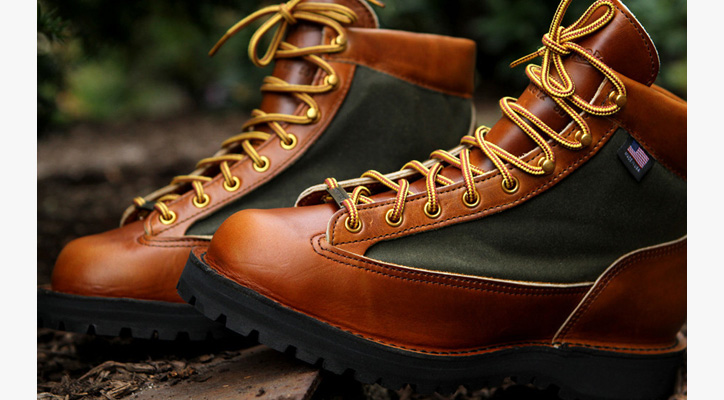Photo01 - Danner Light Boot 80th Anniversary Edition