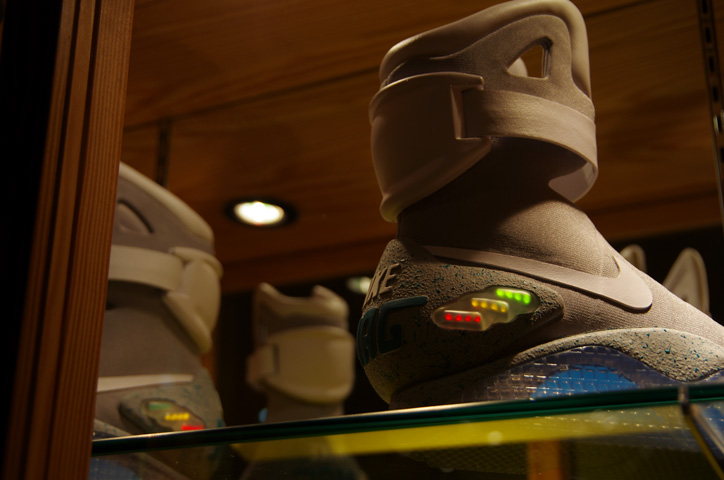 "Photo05 - UNDEFEATED TOKYO Store Exhibition ""WELCOME TO THE 2011 NIKE MAG"" Recap"