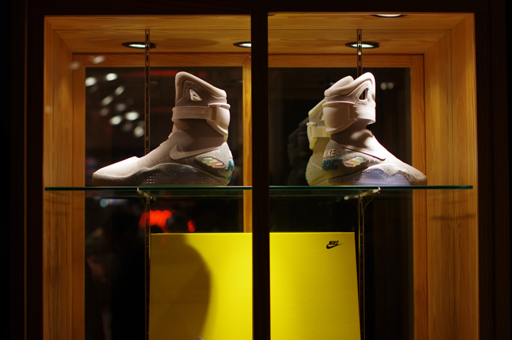 "Photo07 - UNDEFEATED TOKYO Store Exhibition ""WELCOME TO THE 2011 NIKE MAG"" Recap"
