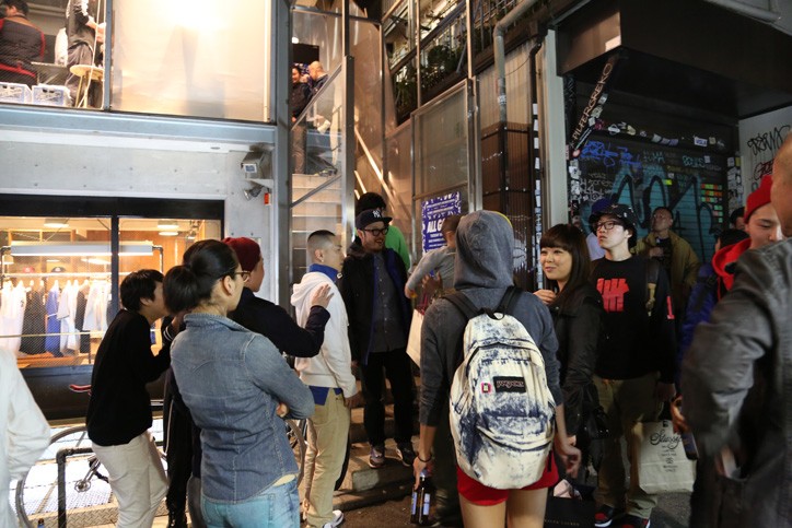 Photo10 - 「ALL GONE」BOOK SIGNING EVENT Recap