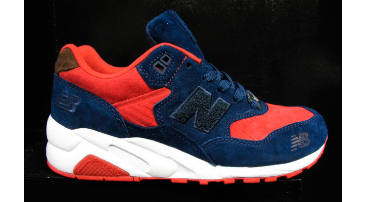Photo01 - LaMJC x Undefeated x New Balance MT580