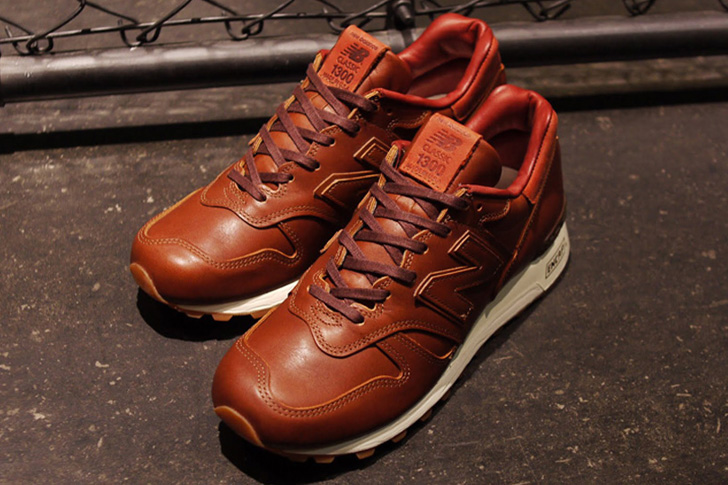 "Photo01 - 1905年創業の老舗タンナーHORWEEN社のプレミアムレザーを採用した、New Balance M1300CL ""made in U.S.A.""が登場"