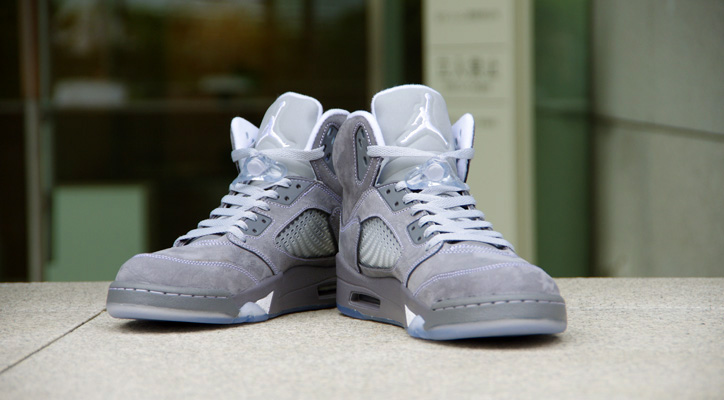 Photo01 - NIKE AIR JORDAN 5 RETRO WOLF GREY