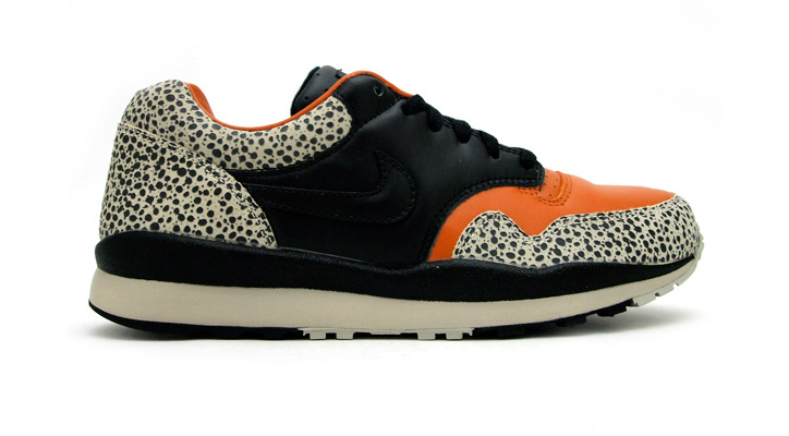 "Photo02 - NIKE AIR SAFARI QS ""LIMITED EDITION for NONFUTURE"""
