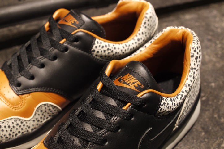 "Photo05 - NIKE AIR SAFARI QS ""LIMITED EDITION for NONFUTURE"""