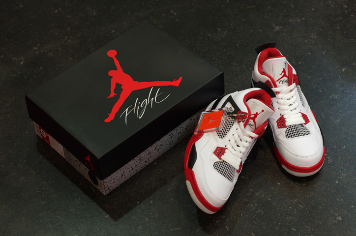 """Photo07 - AIR JORDAN IV RETRO """"LIMITED EDITION for NONFUTURE"""""""