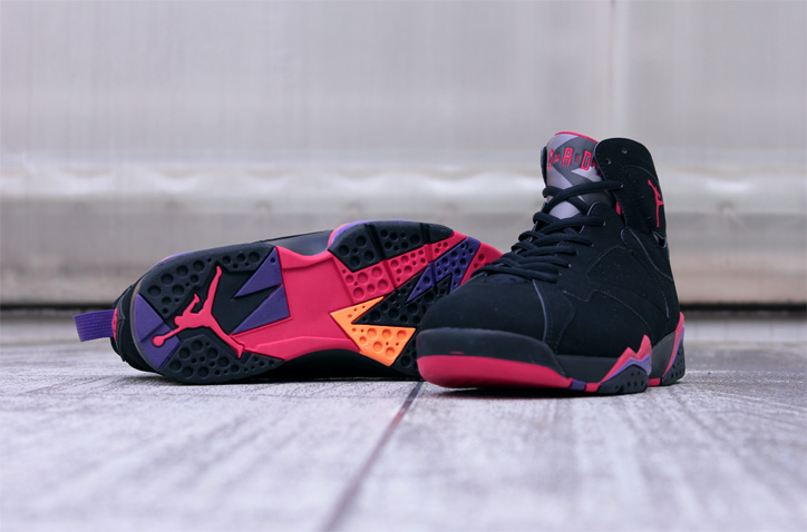 "Photo03 - AIR JORDAN VII RETRO ""Raptors"""