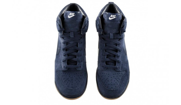 Photo02 - A.P.C. x Nike Dunk High Collection