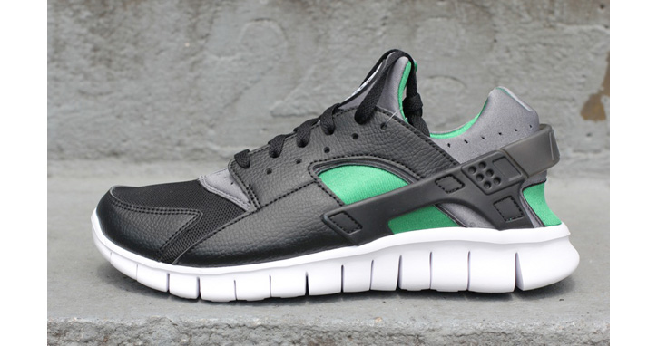 Photo01 - NIKE HUARACHE FREE RUN BLACK/PINE GREEN