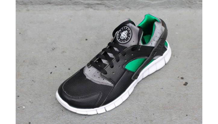 Photo02 - NIKE HUARACHE FREE RUN BLACK/PINE GREEN