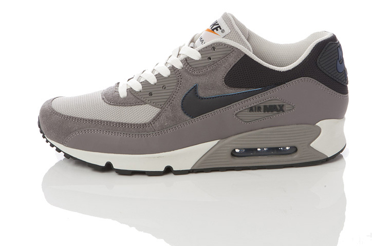 Photo08 - NIKE GREY / NAVY COLLECTION