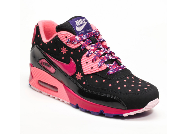 Photo09 - NIKE x DOERNBECHER FREESTYLE IX – 2012 COLLECTION