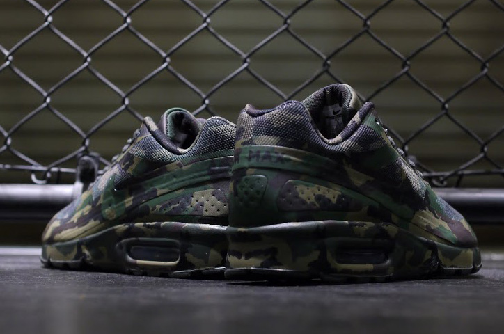 "Photo05 - NIKE AIR MAX ""CAMOUFLAGE COLLECTION"""