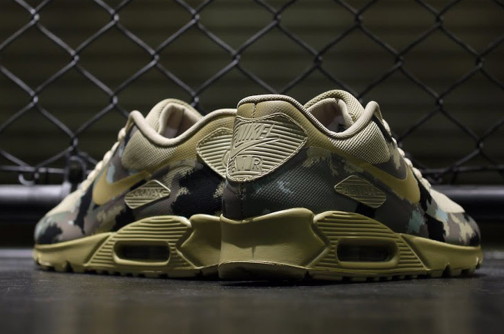 """Photo07 - NIKE AIR MAX """"CAMOUFLAGE COLLECTION"""""""