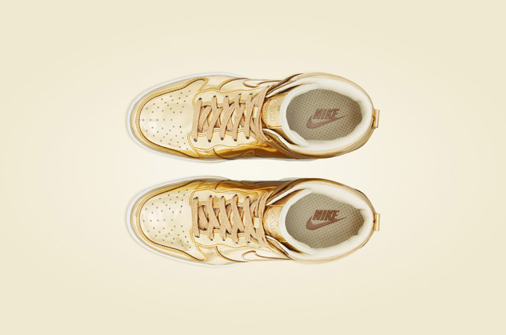 Photo05 - NIKE Metallic CollectionからNIKE DUNK SKY HIGH Au / Ag を発売
