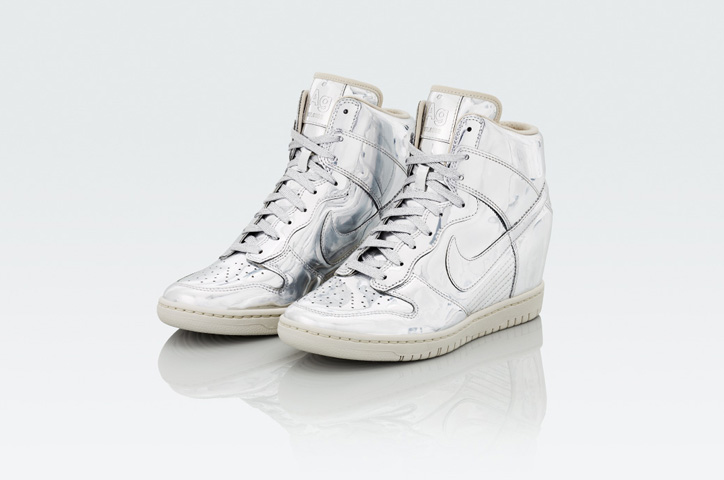 Photo08 - NIKE Metallic CollectionからNIKE DUNK SKY HIGH Au / Ag を発売