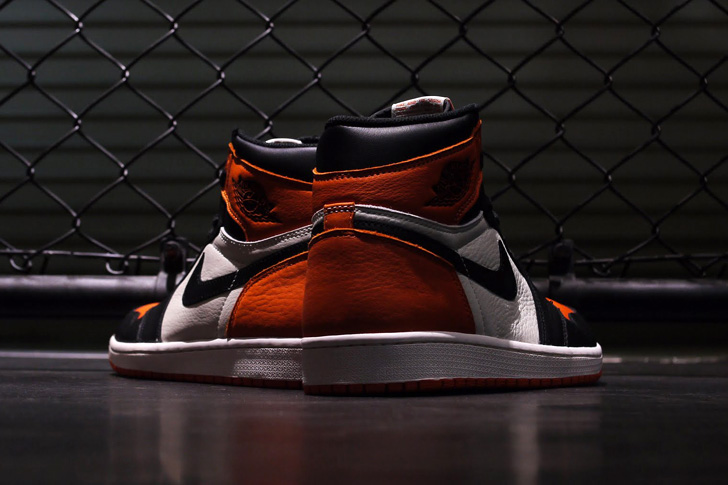 "Photo05 - NIKE AIR JORDAN 1 RETRO HIGH OG ""SHATTERED BACKBOARD"""