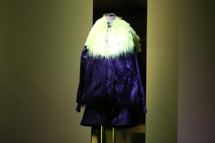 Photo10 - NikeLab x sacaiがスポーツウェアの定番に暖かく贅沢なひねりを加えた秋冬のコレクションを発表