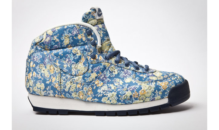 Photo01 - NIKE AIR APPROACH LIBERTY
