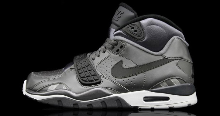 Photo01 - NIKE AIR TRAINER SC II METALLIC DARK GREY/ANTHRACITE