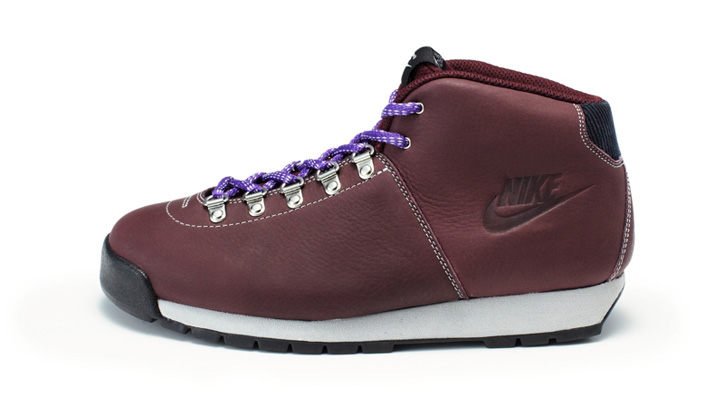 Photo12 - NIKE HOLIDAY 2011 BOOT PRODUCTS