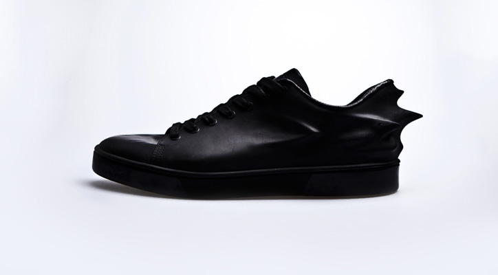 Photo05 - Hussein Chalayan x PUMA Urban Mobility 2011 Fall/Winter Urban Swift