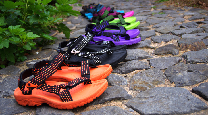 Photo01 - HEAD PORTER PLUS x atmos x TEVA HURRICANE