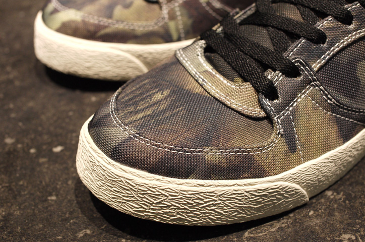 "Photo04 - THRASHER BUCHANAN DOG ""mita sneakers x KICKS LAB."""