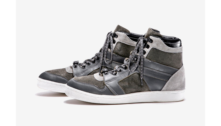 Photo03 - White Mountaineering 2011 Fall/Winter Footwear